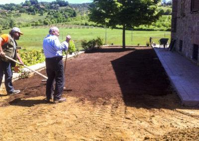 Realizzazione e manutenzione giardini (2)
